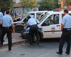 Polis Aracıyla Çarpışan Otomobilden Shate Para Çıktı
