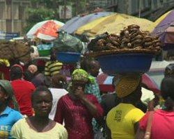 Nijerya'da 200 Kız Çocuğu Kaçırıldı