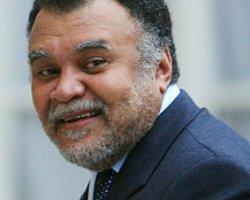 Suudi Prensi Bender 'Görevini Bıraktı'