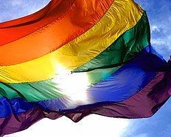 Eşcinsellik Paneli Tehditle Engellendi