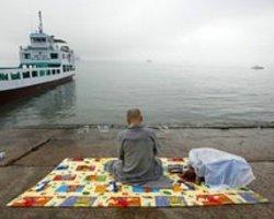 G. Kore'de Gemi Faciası: Ölü Sayısı 113'E Ulaştı