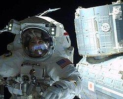 Uzay Yürüyüşü Selfie'si