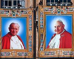 Papa İki Eski Papa'ya Azizlik Statüsü Veriyor