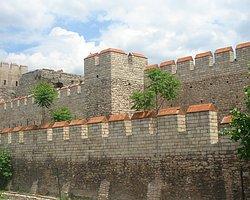 Bursa Surları'ndaki Kule Kazısından Bazilika Çıktı