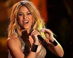 Shakira Telif Haklarını 'İhlal Etti'