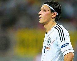 Mesut Özil'in Hedefi Şampiyonluk