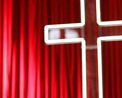 Kiliseden 'Şeytan Çıkarma' Kursu!