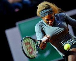 Serena Zorlanmadan Yarı Finalde