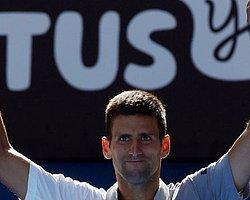 İtalya'da Şampiyon Djokovic
