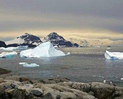 Antarktika'daki Buzulların Erime Hızı İki Katına Çıktı