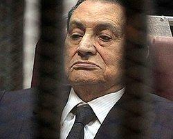 Mübarek'e 3 Yıl Ağırlaştırılmış Hapis