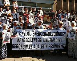 Afişli Sloganlı 12 Eylül Duruşması