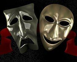 AKP'den Tiyatro Şenliğine Engel