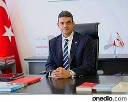 """CHP İstanbul Milletvekili Umut Oran, Başbakan Yardımcısı Beşir Atalay'a, """"Partinin Genel Başkanlığı'na MİT Müsteşarı Hakan Fidan'ı geçirmek istediğiniz, bu yönde de bazı partili milletvekillerine vaatlerde bulunduğunuz doğru mudur?"""" diye sordu."""