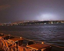 Meteorolojiden İstanbul'a Uyarı: Sel, Su Baskını, Yıldırım, Heyelan, Dolu...