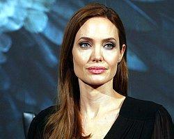 Angelina Jolie'nin Yüz Güzelliğinin Sırrı