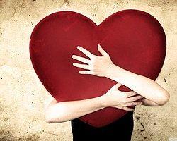 Birine Aşıkken Yapılan En Saçma 21 Hareket