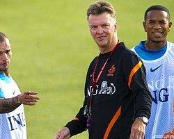 Van Gaal'i Güldüren Sneijder Sorusu