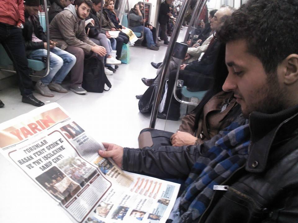 Image result for otobüste gazete okuma