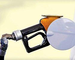 Benzin 6 Liraya Koşuyor