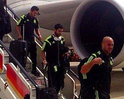 İspanya'nın Uçağına Yıldırım Çarptı!