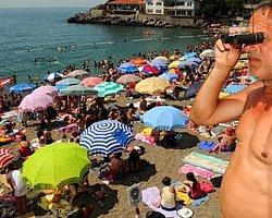 Kadınlar Plajında Erkek Cankurtaran Tepkisi