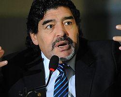 Maradona'dan Luis Suarez'e Destek Geldi