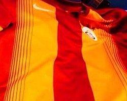 Galatasaray'ın Yeni Sezon Formasından İlk Görüntü