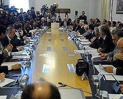 'Çözüm Paketi'nin Komisyon Görüşmesi Gergin Başladı