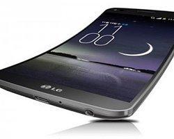 Samsung ve LG'den Esnek Telefonlar Geliyor