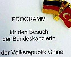 Çin'e Giden Merkel'in Türk Bayraklı Skandalı