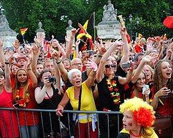 Belçika Milli Takımı Coşkuyla Karşılandı