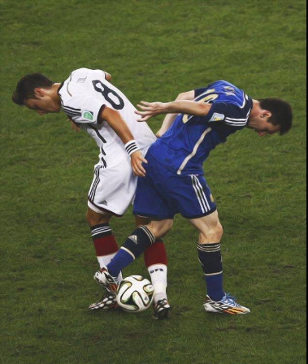 21. Finalde ise favorilerden Almanya başa baş geçen mücadeleyi kazanmasını bildi.