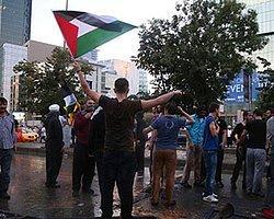 Bir Plaza Çalışanı: 'İsrail Protestolarında Yanlış Binaya Taş Atıyorsunuz'
