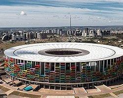 'Kupa Bitti, Stadyumlar Evsizlere Ev Olsun'