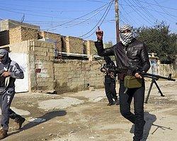 IŞİD  Irak'ın En Büyük Barajını ve Bir Petrol Sahasını Ele Geçirdi
