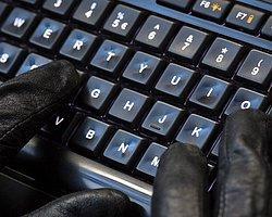 Ruslar 1.3 Milyon Şifre Çaldı