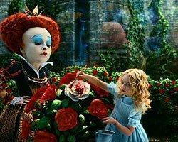 Johnny Depp'li Alice Harikalar Diyarı Filminin İkincisi Yolda
