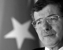 New York Times: 'Davutoğlun'nun Dış Politika Varsayımları Geçersiz'