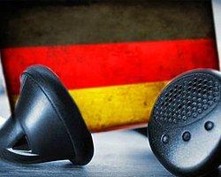 'Almanya 80 Ülkeyi Dinliyor'