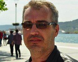 Telefonda Konuşan Gazeteciye 'Devlet Büyüklerine Hakaret'ten Gözaltı
