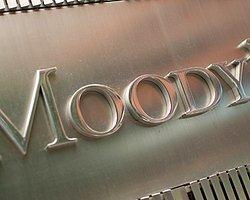 Moody's Bank Asya'nın Notunu Düşürdü