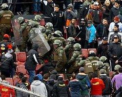 Şili'de Taraftar Polis Dövdü