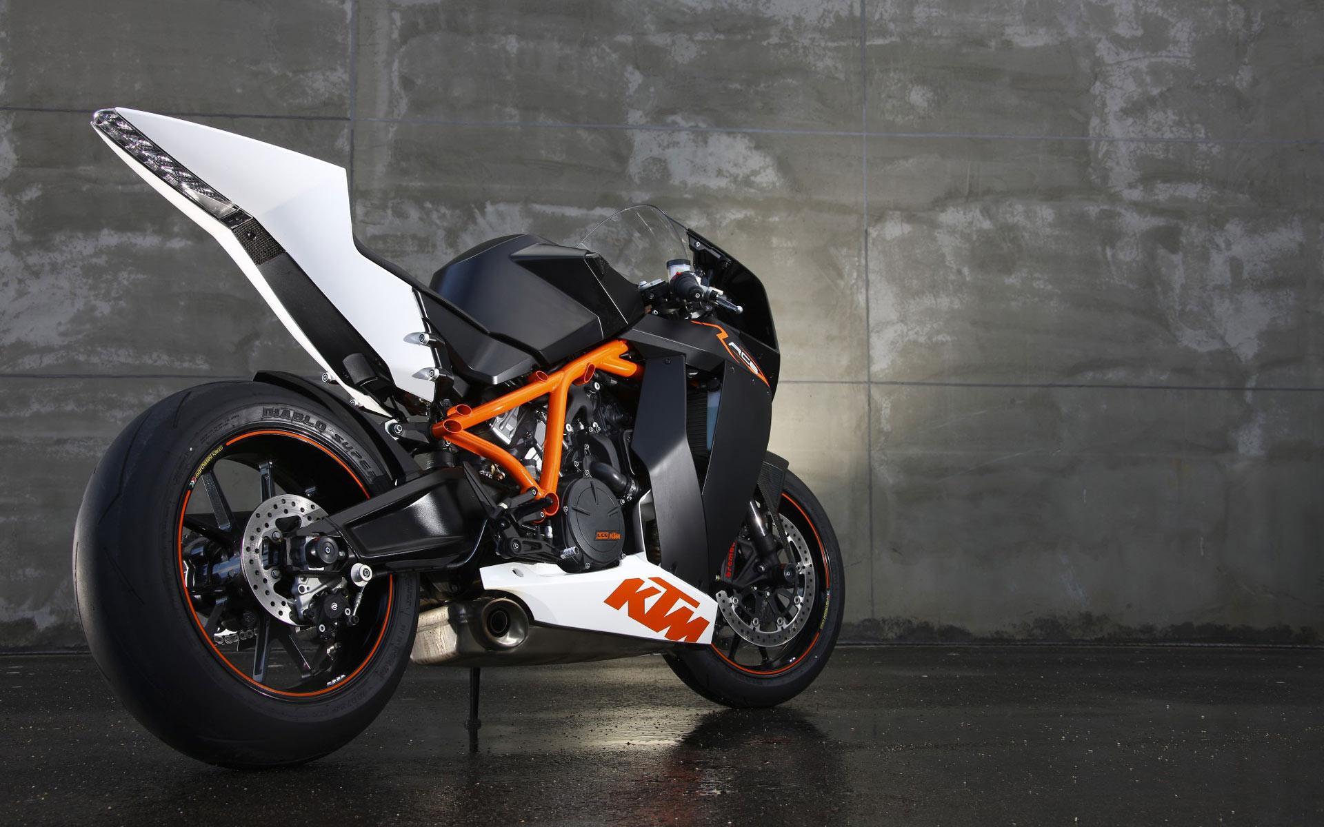 мотоцикл стена склад скачать