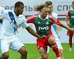 Zenit Moskova'da Güldü