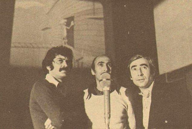 """9. Şener Şen, """"Pembe Panter"""" için dublaj stüdyosunda."""