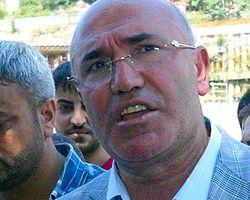 CHP'li Tanal, Otomobiline Çarpan Polis Aracının Peşinden Koştu