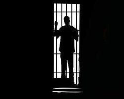 Tecavüze Uğradığı Cezaevine Gönderildi