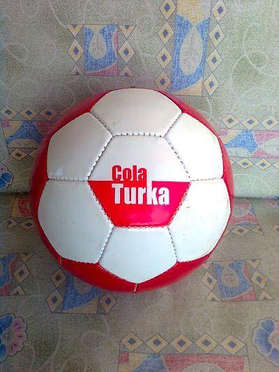 Cola-Turka topları..