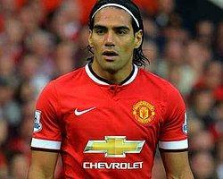 Manchester United, Falcao'yu Bitirdi!